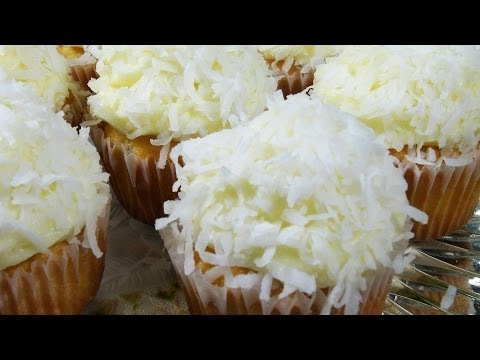 How to Make Coconut Cupcakes