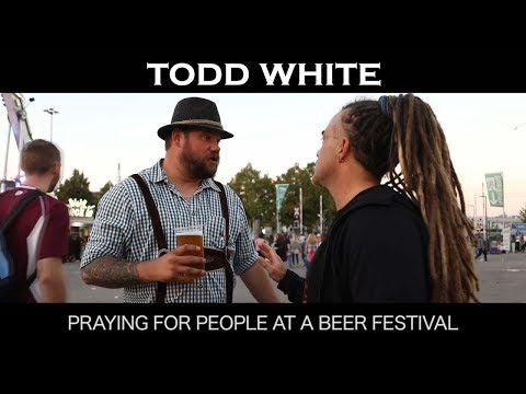 Todd White - Praying for People at a Beer Festival