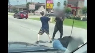 Fists fly between tow truck driver and impatient passenger on street in Houston I ABC7