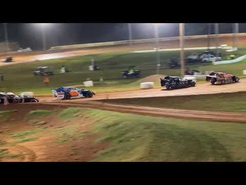 Red Dirt Raceway Sport Mod/B-Mod Heat Race #2 10/16/2021 Kyle Wiens #18 - dirt track racing video image
