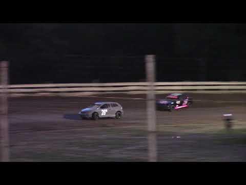 Hummingbird Speedway (7-10-21): Andy Man's Car Care Four-Cylinder Australian Pursuit - dirt track racing video image
