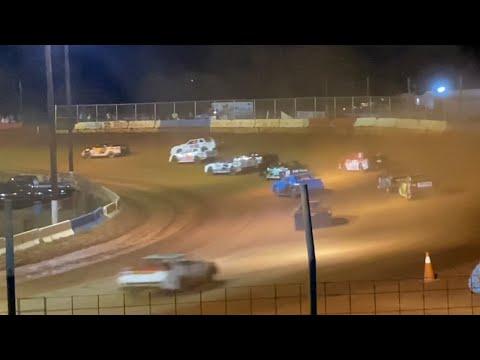 8/21/2021 Thunder Bomber Cherokee Speedway - dirt track racing video image
