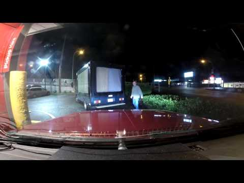 GUY HITS ROOF AT MCDONALDS AND DRIVES OFF! - UC7HyvAyzpbtlw8nZ8a4oN1g