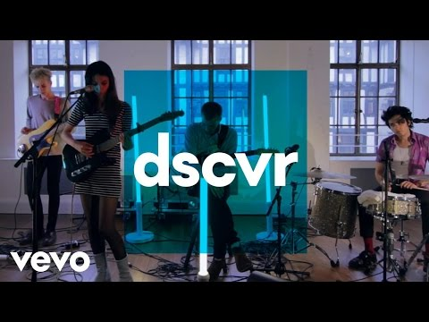 Wolf Alice - Heavenly Creatures - Vevo dscvr (Live) - UC-7BJPPk_oQGTED1XQA_DTw