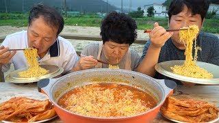 시원한 국물맛 ~ [[해물 짬뽕 라면(Spicy seafood instant Noodles)]] 요리&먹방!! - Mukbang eating show