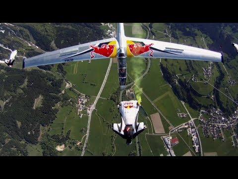 Wing suit team and acrobatic gliders stunt flying - Akte Blanix 3 - UCblfuW_4rakIf2h6aqANefA