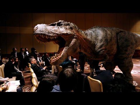 "Like ""Jurassic Park,"" Japan unveils dinosaur robots - UCcyq283he07B7_KUX07mmtA"