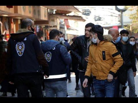 Yüzlerce kişiye 'koronavirüs' cezası kesilen Gaziantep'te çarşılar yine kalabalık