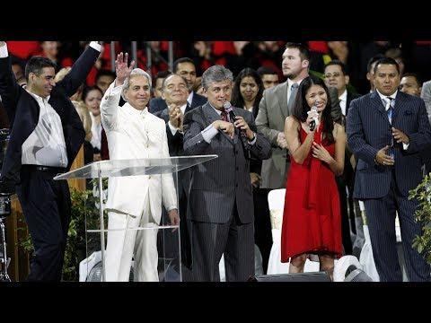 Valencia, Venezuela 2007 P2 - A special sermon from Benny Hinn