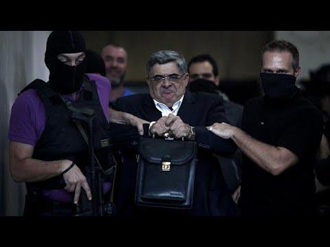 Ordenan el ingreso en prisión de Nikolaos Mijaloliakos, líder del grupo nazi Amanecer Dorado