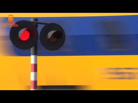 DUTCH RAILROAD CROSSING - Heeze - Het Heike photo
