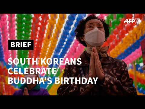 Buddha's birthday marked in South Korea with prayers for coronavirus victims | AFP photo