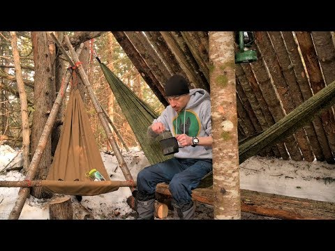 BACK WALL IS FINISHED - Hanging a Hammock inside the Fort? - Supper in the Woods. surprise ending;)