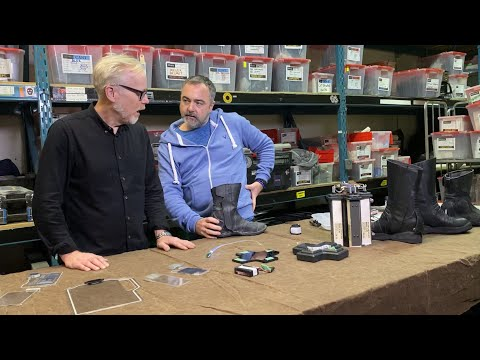 Adam Savage Learns Simple Tricks From The Expanse's Prop Master! - UCiDJtJKMICpb9B1qf7qjEOA