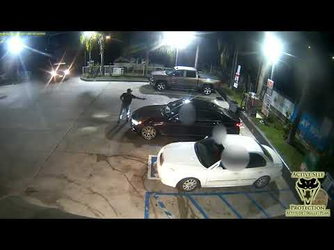 LAPD Officers Pull Up To A Crime In Progress