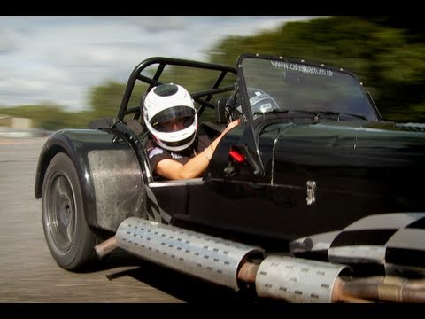 How To Drift A Caterham Seven - UCkZ2_tl4-4Id1ZE7dAa8LRg
