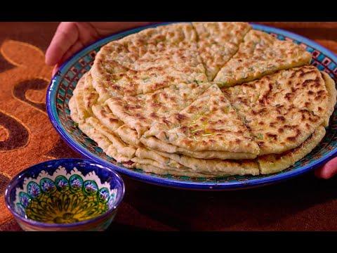 Чепылш! Чеченскую пиццу Чепылгаш готовит знаменитая повар из Чечни Хадиджат Мовлатова! Сталик ест!