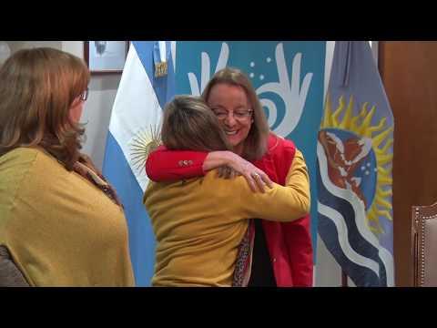 """Alicia Kirchner recibió a Emilce Moler, sobreviviente de """"La noche de los lápices"""""""