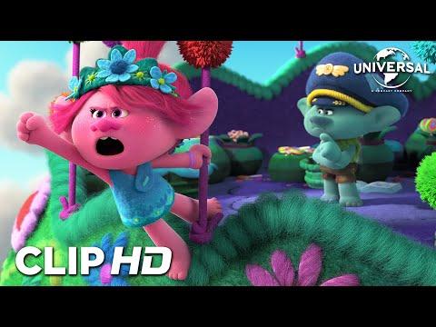 TROLLS 2 - GIRA MUNDIAL - Poppy encuentra las armas de Branch