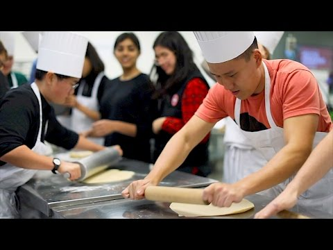 Stanford students recreate medieval feasts in new class