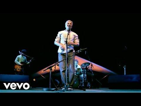 Caetano Veloso - Trem Das Cores (Ao Vivo) - UCbEWK-hyGIoEVyH7ftg8-uA