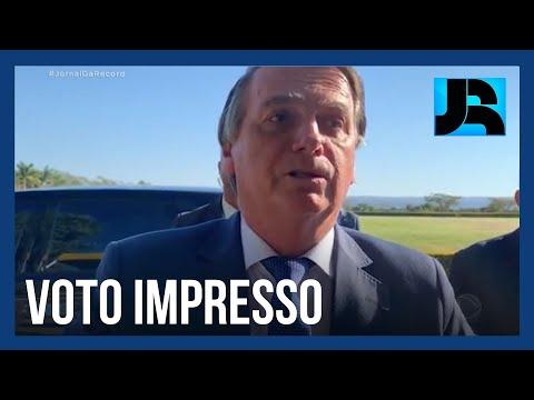 Bolsonaro cogita não concorrer nas eleições de 2022 se não houver voto impresso