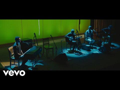 Caetano Veloso, Moreno Veloso, Zeca Veloso - Alguém Cantando ft. Tom Veloso - UCbEWK-hyGIoEVyH7ftg8-uA
