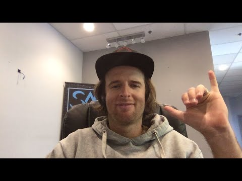 Live chat with Nev Lapwoood, have your snowboard questions answered