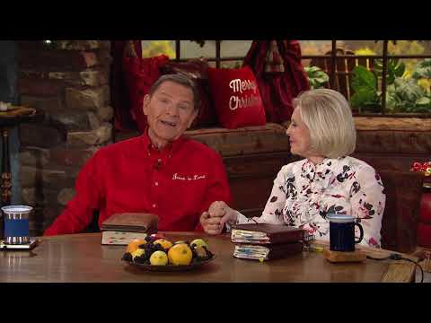 Kenneth and Gloria Copeland Merry Christmas Greeting 2019