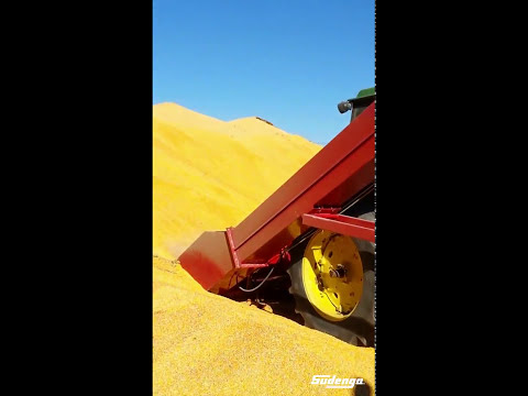 Pick up piles of grain quickly with the 11,000 BPH Sudenga Super Scoop