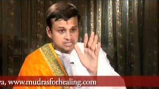 Yoga Mudra For Arthritis Joint Pain By Acharya Vikrmaditya Acharya Keshav Dev Youtube