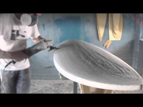 Hand shaping a surfboard from a blank - UCJzkkpvzQVRxCsWcocfYLbw