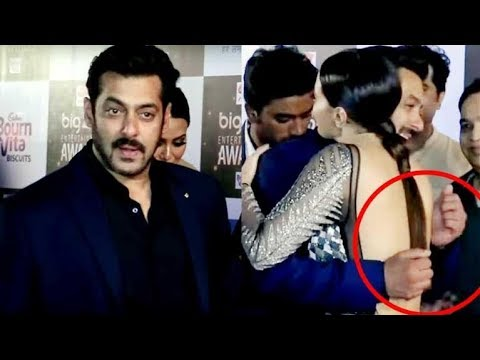 Salman Khan AVOIDS Touching Sana Khan At Big Zee Entertainment Awards
