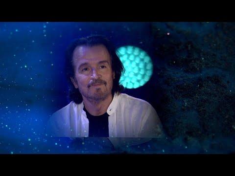 """Yanni - """"Midnight Hymn"""""""