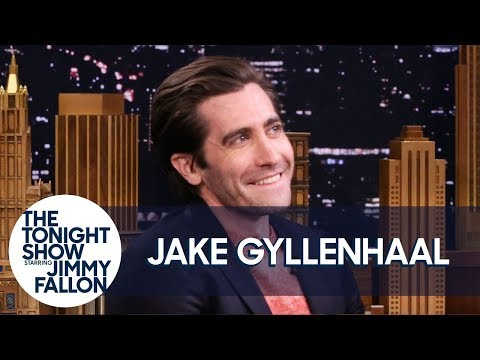 Jake Gyllenhaal Is Obsessed with Tom Holland as Spider-Man - UC8-Th83bH_thdKZDJCrn88g