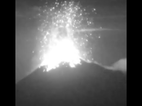 Breaking: Breaking: Massive Eruption Fuego Volcano 15,400 Feet)