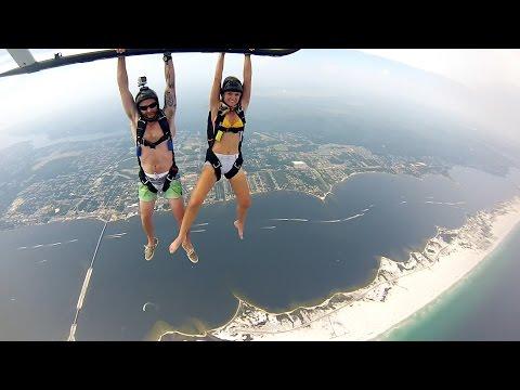 GoPro: Helicopter Skydive - UCqhnX4jA0A5paNd1v-zEysw