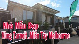 Cả nhà cùng đi xem nhà mẫu ở Vùng Tarneit ở Melbourne | Giá nhà ở vùng này cáo hơn vùng Rockbank