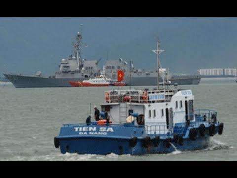 Hải quân Việt-Mỹ diễn tập trên biển