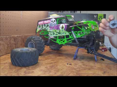 How to Install a LSD into an Axial: SMT10 (Limited Slip Differential) - UCbIQDlPTxywxfJP6FgtZMYw