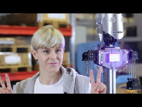 The Robot Project - Robyn meets the robot