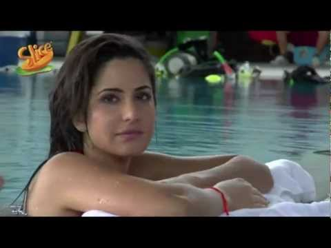 Katrina Kaif in Swimming Pool - Slice 2012 Ad Making video - (2) - Katrina Kaif in Swimming Pool - Slice 2012 Ad Making video