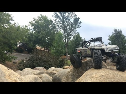 Demo's Axial SCX10 Honch to Wroncho Build Video Log # 3