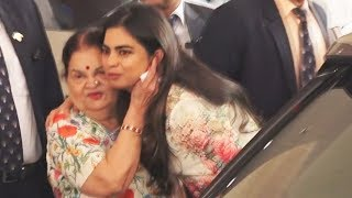 Isha Ambani Lovely Moment With Her Granny Kokilaben At 42nd AGM Of Reliance
