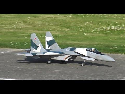 Freewing SU-35 MAIDEN Twin 70mm EDF Thrust Vectoring Jet - UCLqx43LM26ksQ_THrEZ7AcQ