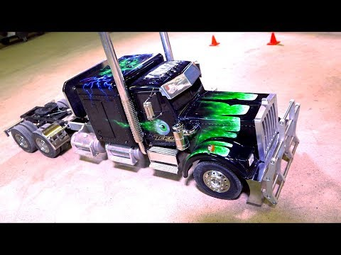 """The """"HORROR HAULER""""! 1:14th scale Extended Chassis Tamiya Semi Truck - UCZS4lGPG6JJs1NdtiHXsABw"""
