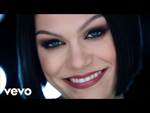 Jessie J - Flashlight (from Pitch Perfect 2) - UCGej5zp_KWZ-b_1w4Rq2hyA