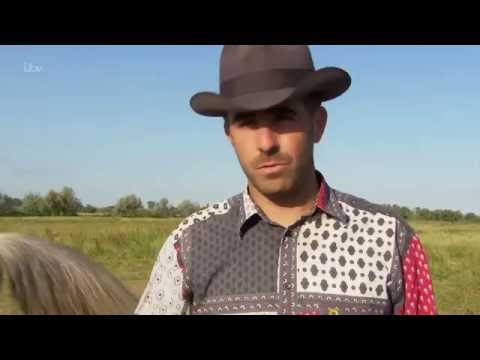 Wild France: With Ray Mears Part 3: Camargue - UCdHdM6iGcxBPX5O_bNtb2Ag
