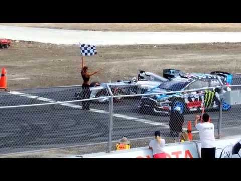 Lewis Hamilton and Ken Block - UCa34c3eRwBTdrFFHlPlY_ag