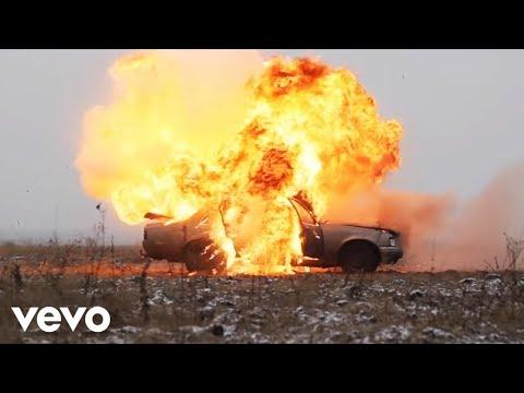 Beck - Dear Life (Lyric Video) - UCXyrZim8CaYWYzR81FK7Opw